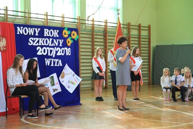 Nowy Rok Szkolny 201718 Rozpoczęty Szkoła Podstawowa Im